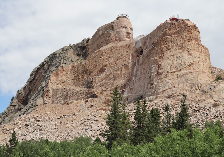 Monumento a Caballo Loco en Dakota del Sur
