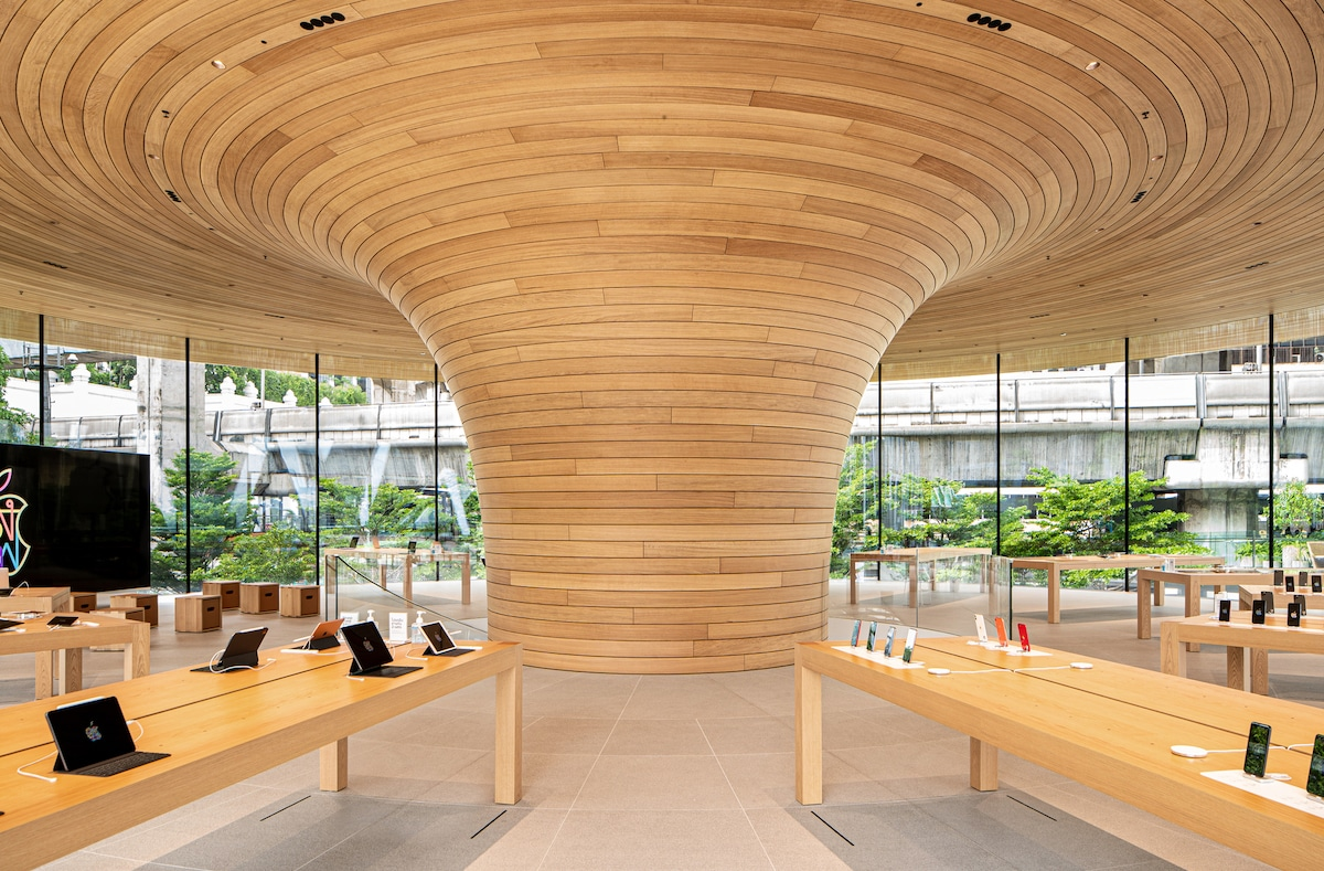 Interior of the Bangkok Apple Store