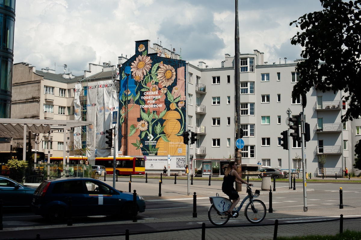 Mural Painted with Smog Eating Paint in Warsaw