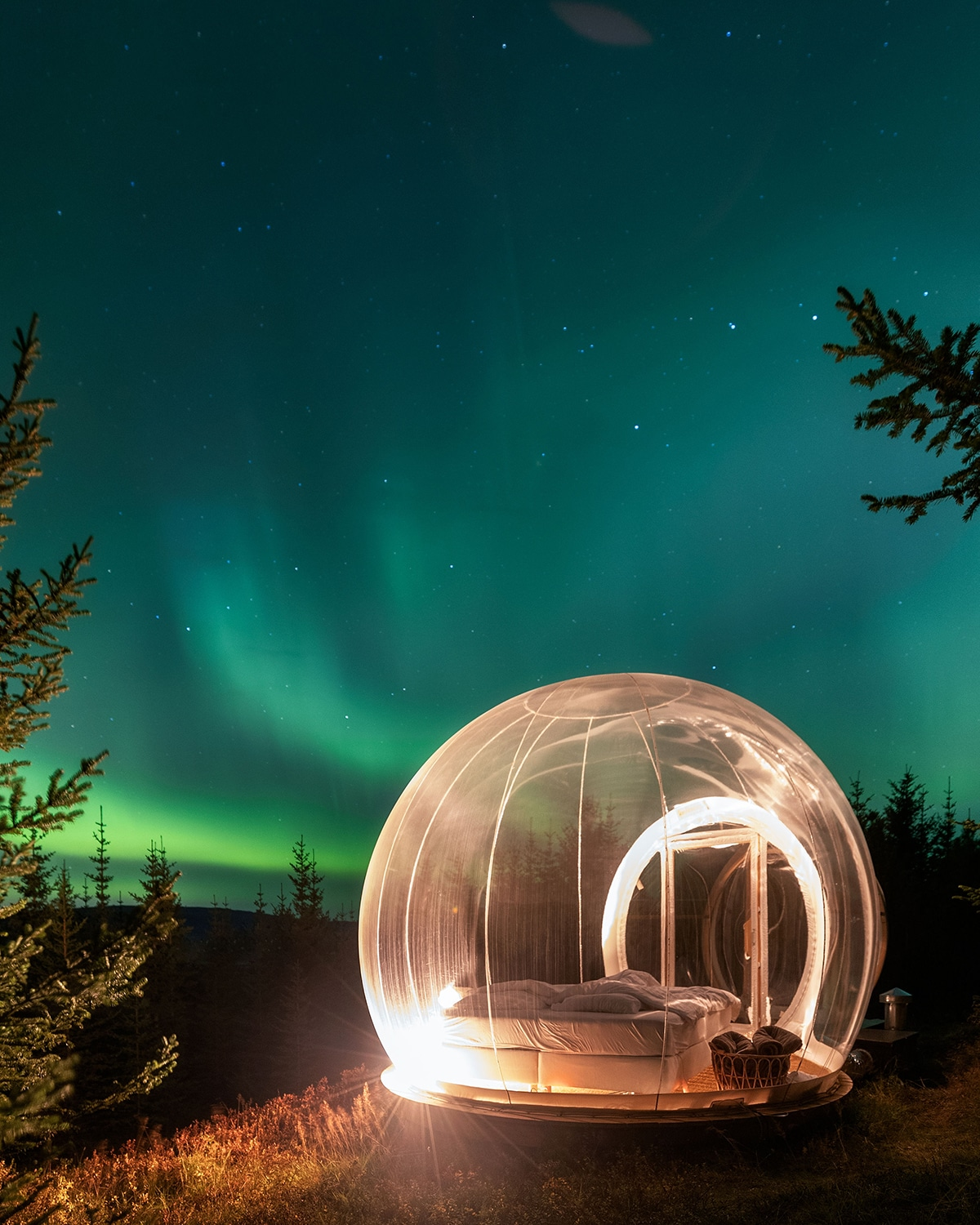 Buubble Hotel Iceland Under Northern Lights