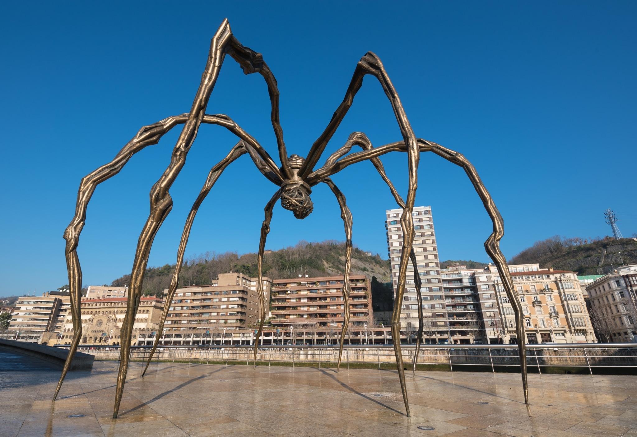 Mamá de Louise Bourgeois en el Museo Guggenheim Bilbao