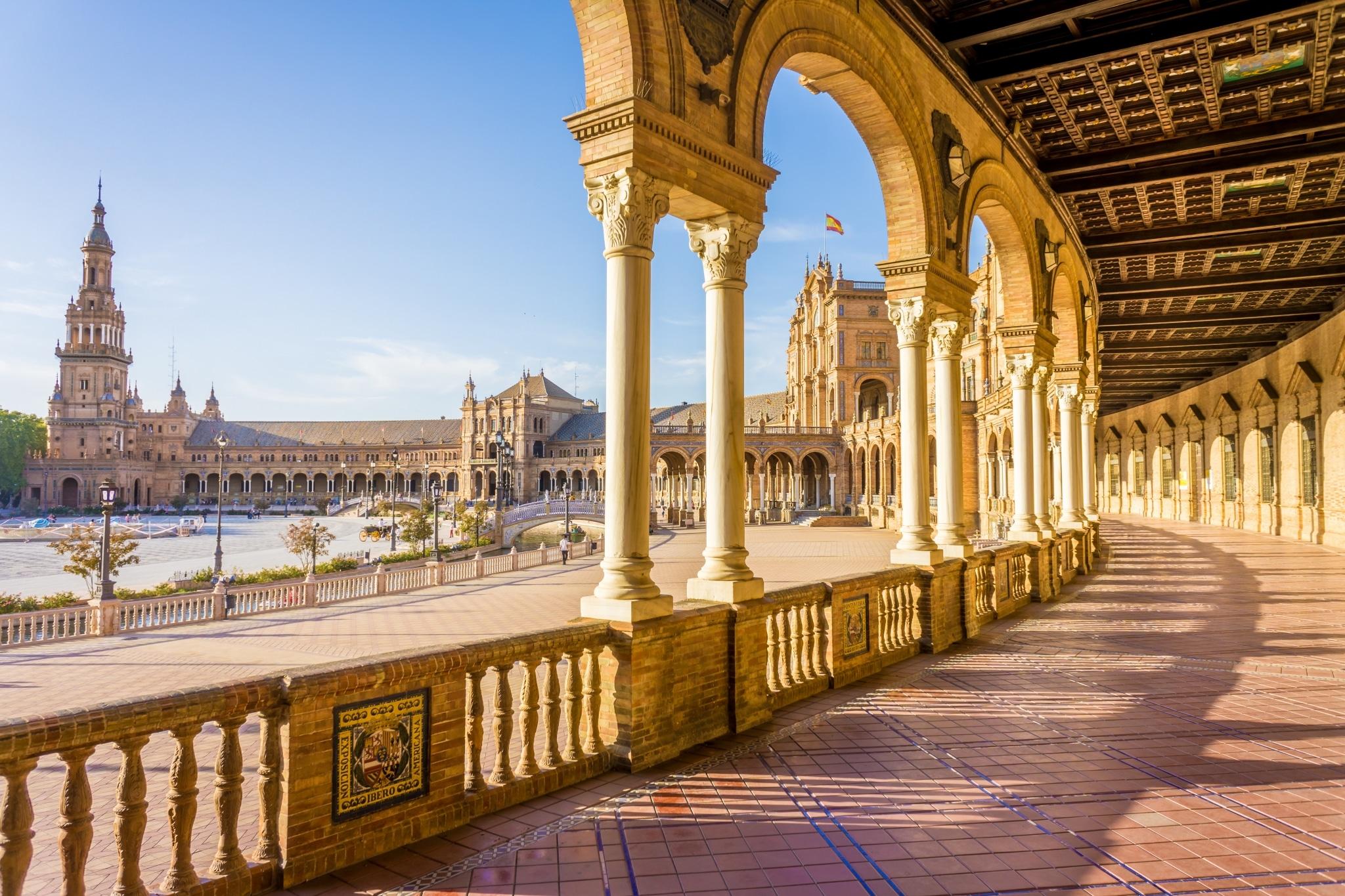 Vista de la Plaza de España desde dentro del edificio