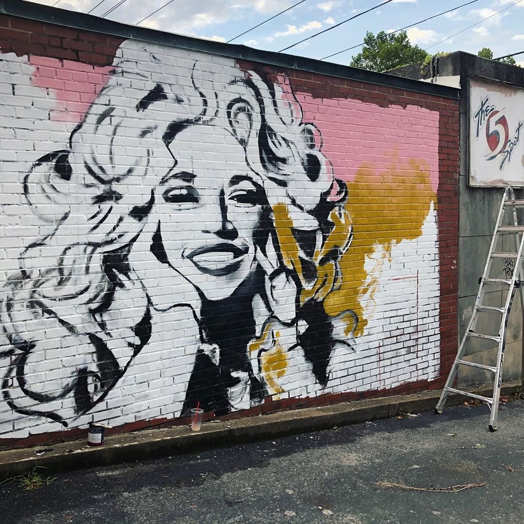BLM Dolly Parton Mural in Tennessee