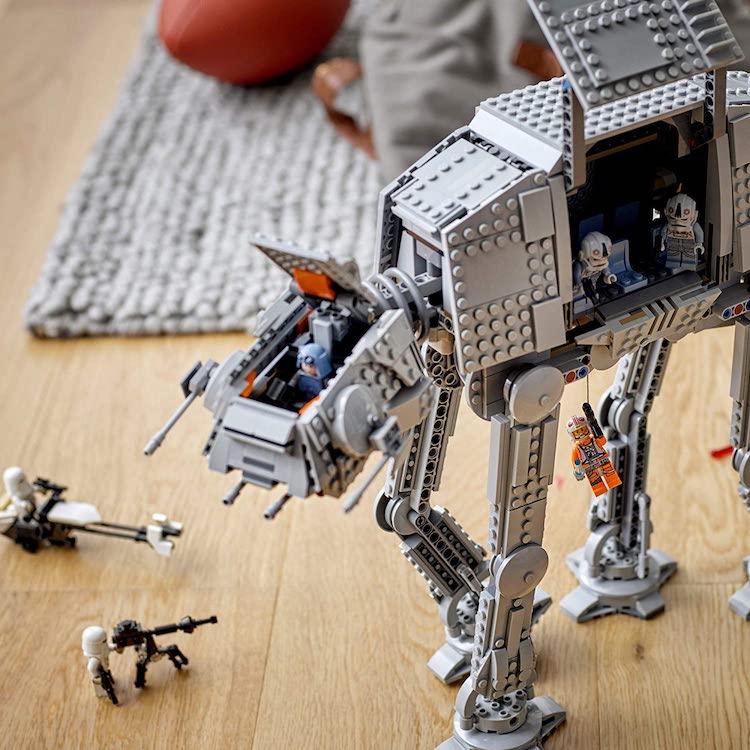 AT AT Star Wars LEGO Set