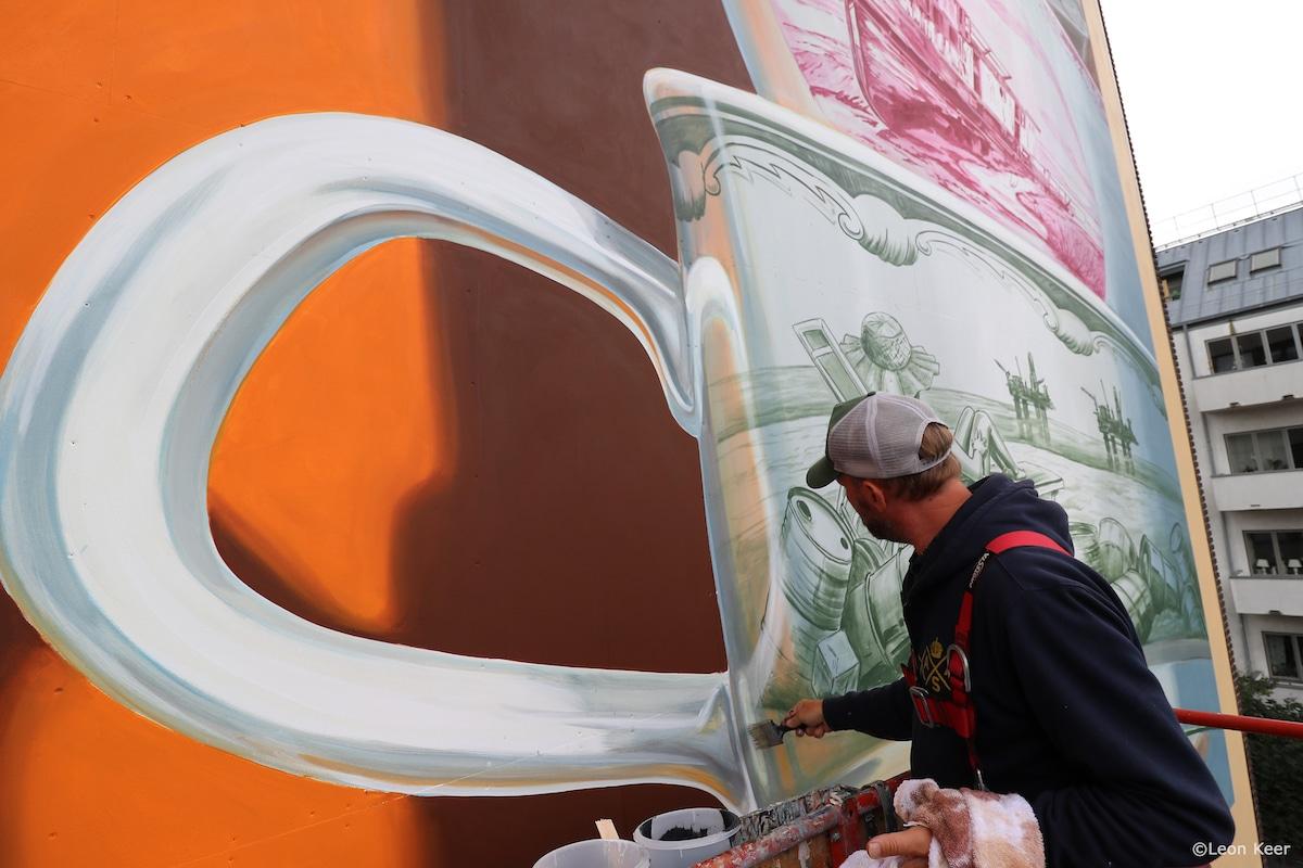 Leon Keer Painting a Mural