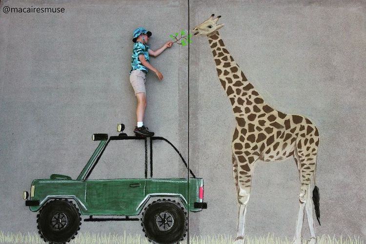 Chalk Drawing of a Giraffe