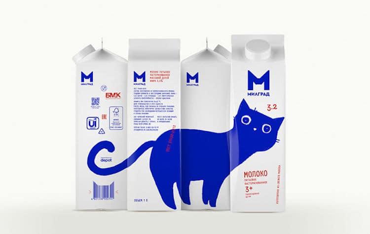 empaque de leche con gato azul por Vera Zvereva