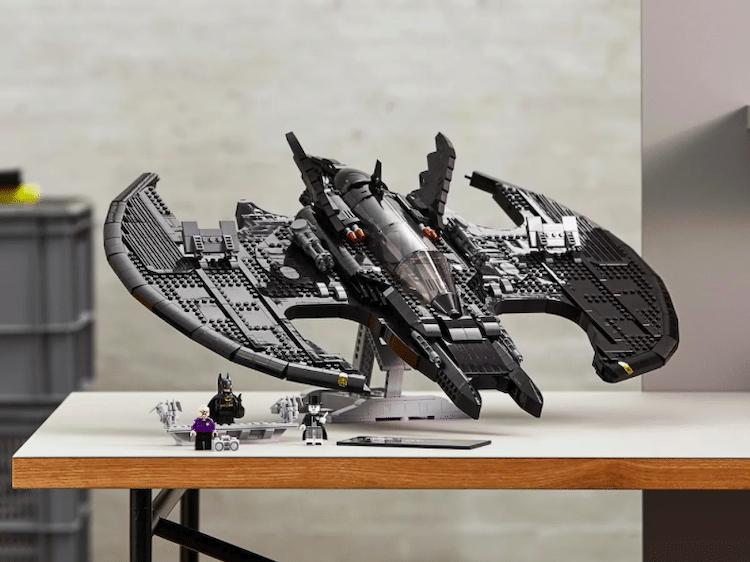 1989 Batwing LEGO