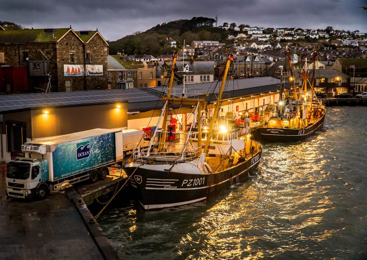 barcos de arrastre en Cornwall