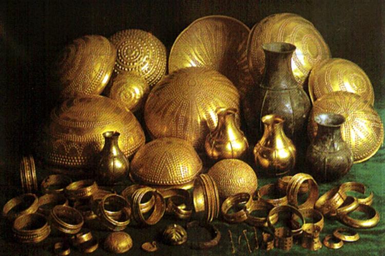 Tesoro de Villena Gold