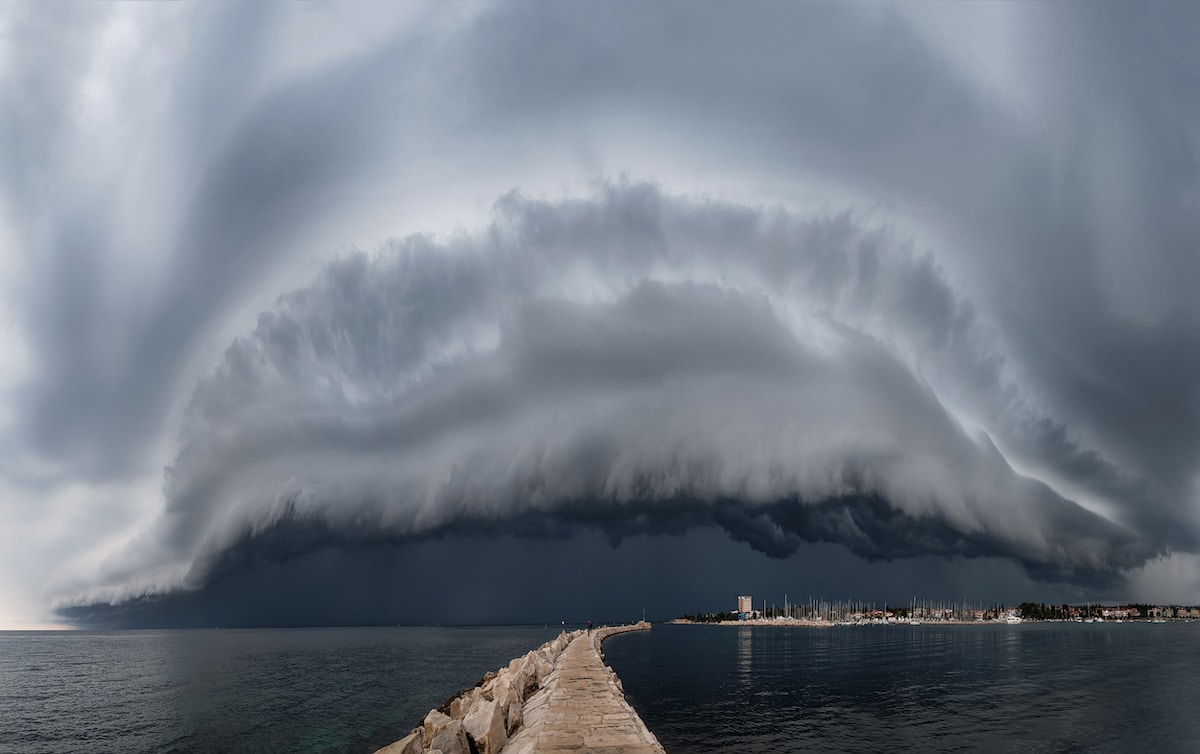 Large Cloud Shelf