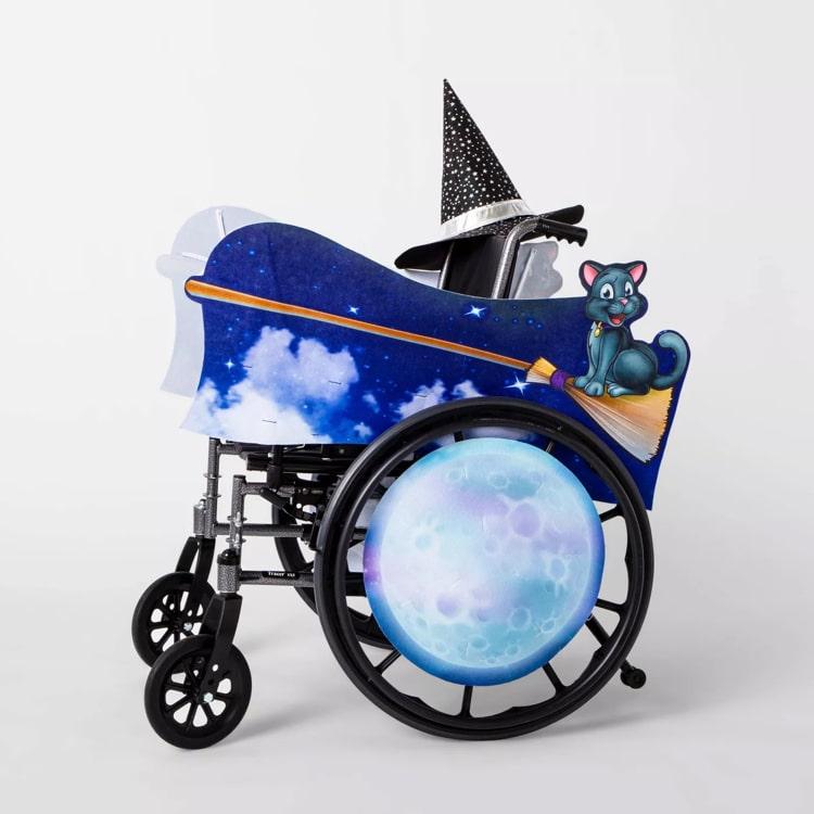 Disfraz de bruja para niños en silla de ruedas