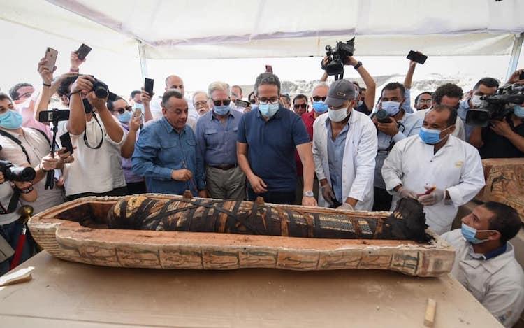 sarcófago egipcio abierto
