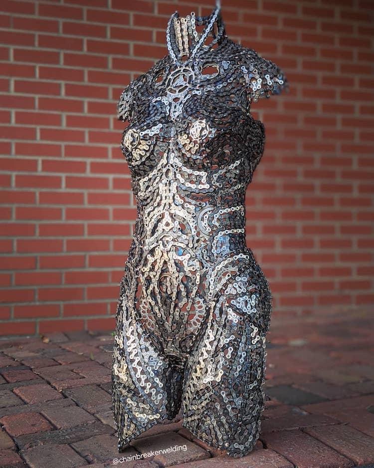 Esculturas de metal viejo por Drew Evans