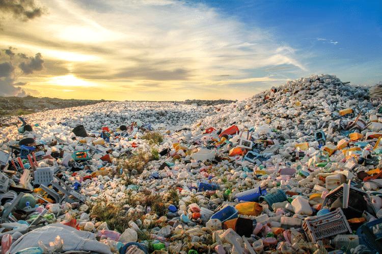 Single Use Plastic Garbage