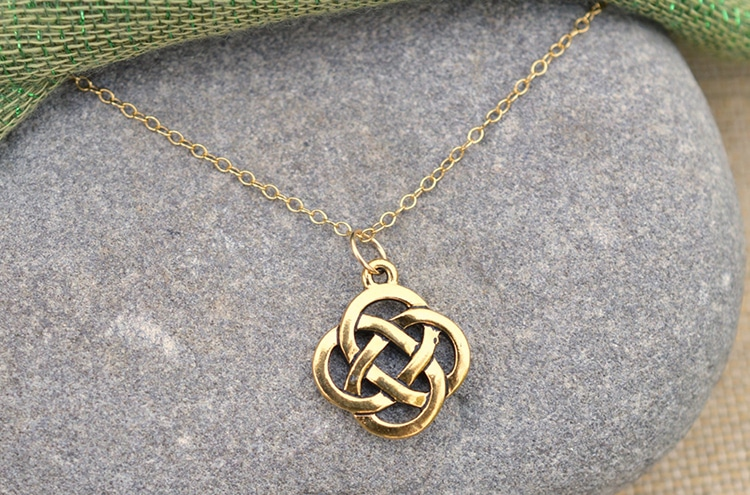 Dara Knot Infinity Knot Necklace