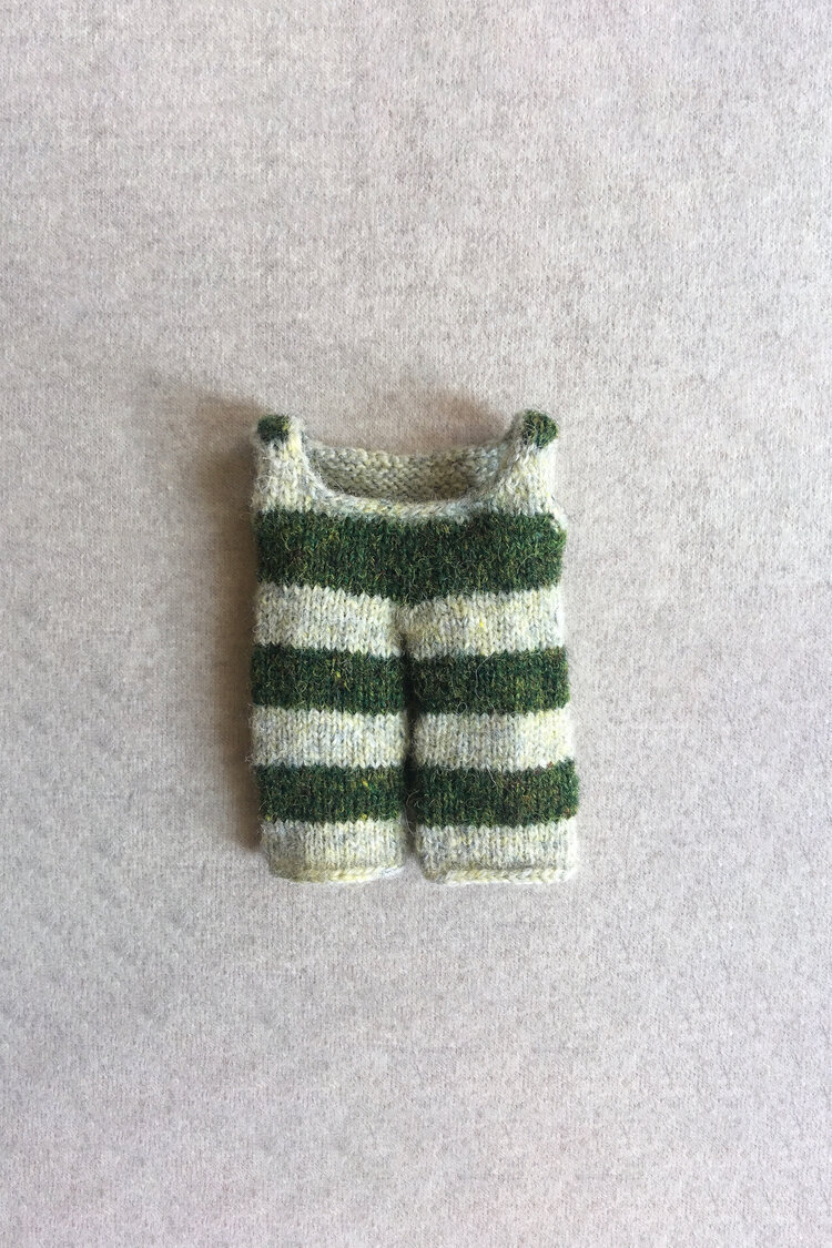 Tiny Knitted Clothing