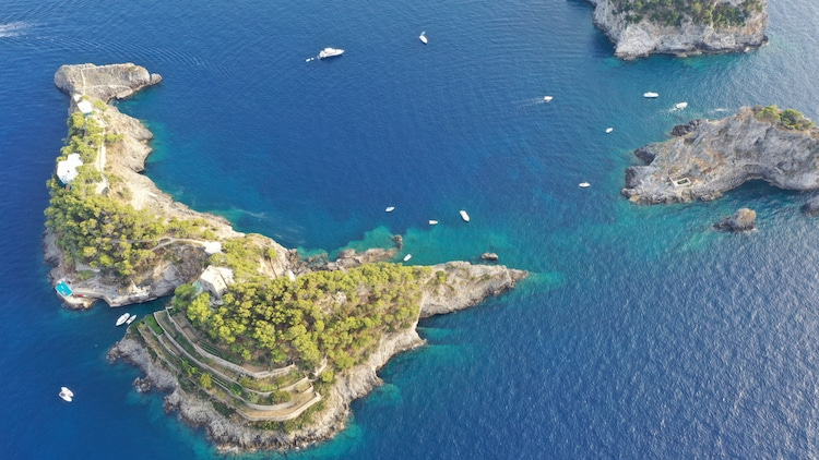 Gallo Lungo Island in Italy