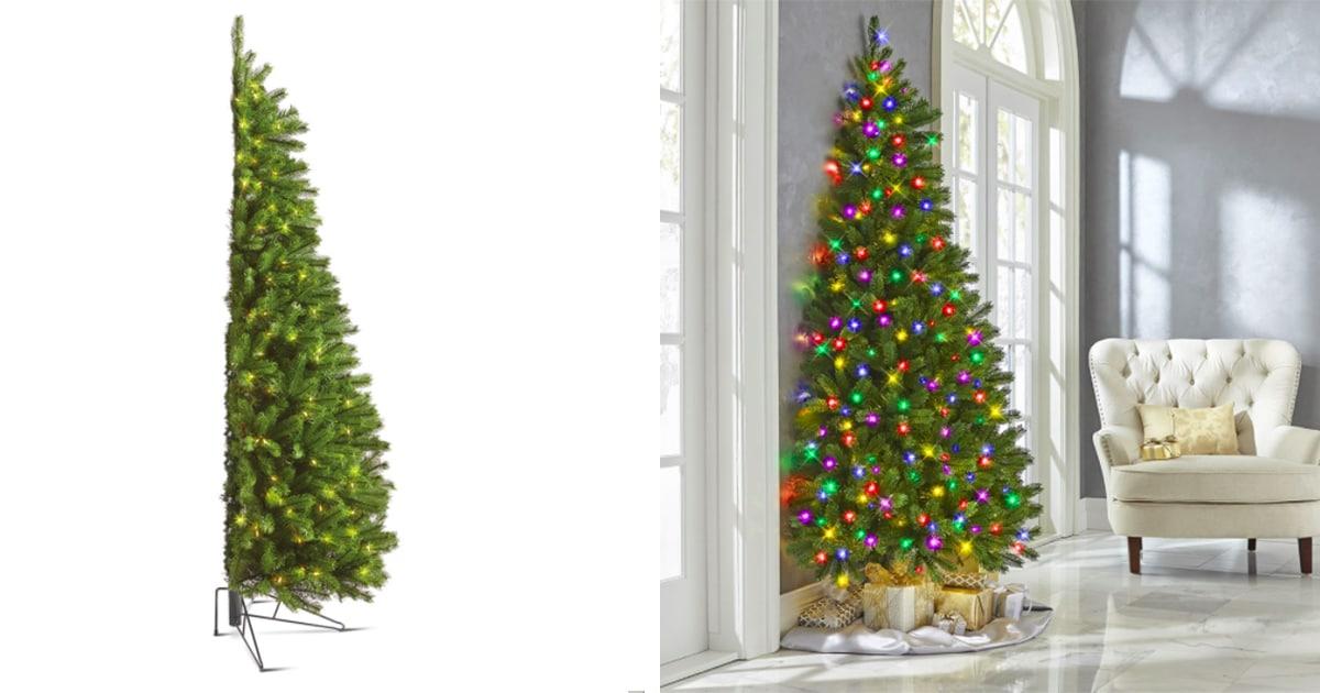 Este árbol De Navidad A La Mitad Es Ideal Para Espacios Pequeños