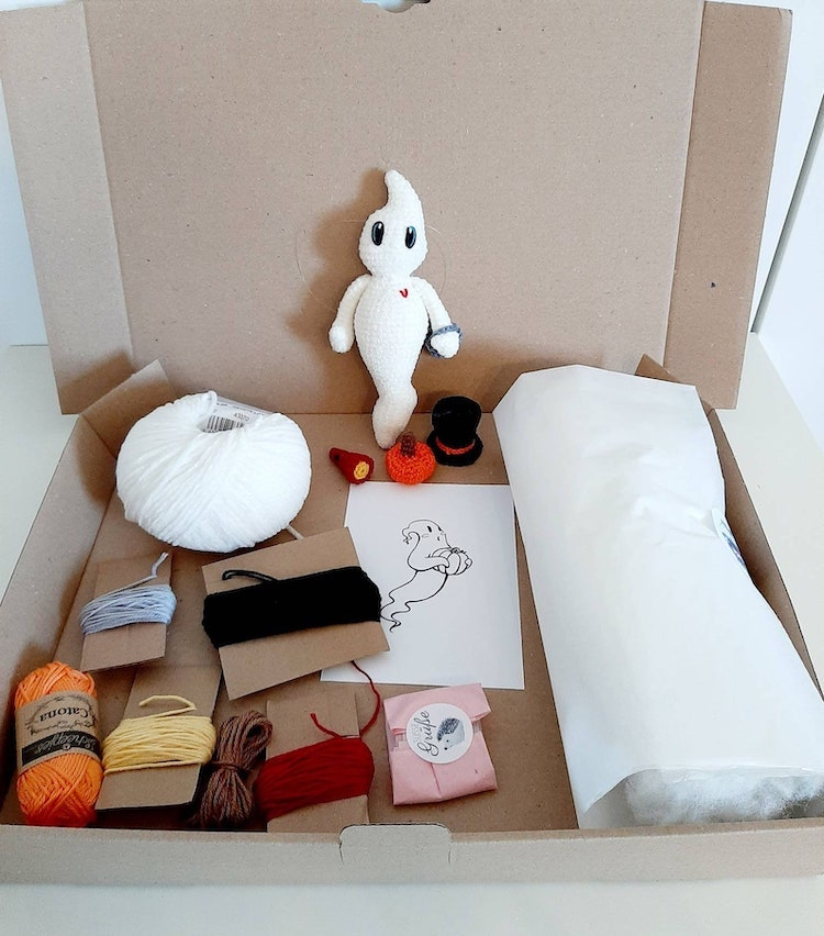 Amigurumi Ghost Kit