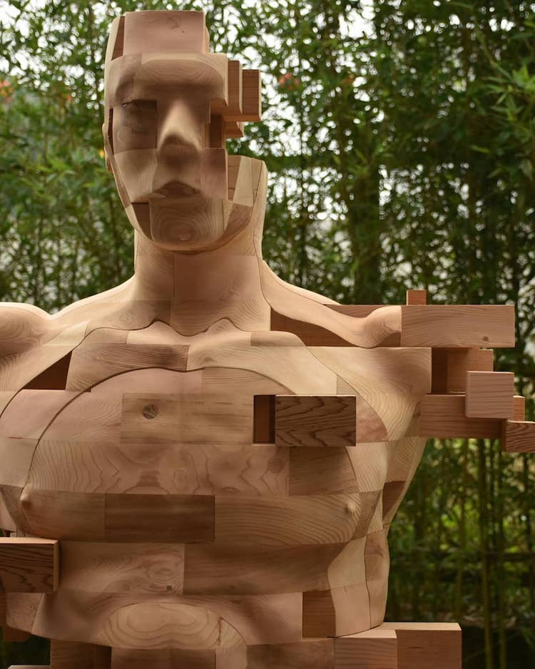 "Wooden Sculpture With Pixel ""Glitches""https://mymodernmet.com/"" width=""750"" height=""938"" srcset=""https://mymodernmet.com/wp/wp-content/uploads/2020/10/han-hsu-tung-wooden-sculpture-5.jpg 750w, https://mymodernmet.com/wp/wp-content/uploads/2020/10/han-hsu-tung-wooden-sculpture-5-240x300.jpg 240w"" sizes=""(max-width: 750px) 100vw, 750px"" /><img loading=""lazy"" class=""alignnone size-full wp-image-330778"" src=""https://mymodernmet.com/wp/wp-content/uploads/2020/10/han-hsu-tung-wooden-sculpture-3.jpg"" alt=""Wooden Sculpture by Han Hsu Tung"" width=""750"" height=""938"" srcset=""https://mymodernmet.com/wp/wp-content/uploads/2020/10/han-hsu-tung-wooden-sculpture-3.jpg 750w, https://mymodernmet.com/wp/wp-content/uploads/2020/10/han-hsu-tung-wooden-sculpture-3-240x300.jpg 240w"" sizes=""(max-width: 750px) 100vw, 750px"" /><img loading=""lazy"" class=""alignnone size-full wp-image-330774"" src=""https://mymodernmet.com/wp/wp-content/uploads/2020/10/han-hsu-tung-wooden-sculpture-1.jpg"" alt=""Wooden Sculpture by Han Hsu Tung"" width=""750"" height=""938"" srcset=""https://mymodernmet.com/wp/wp-content/uploads/2020/10/han-hsu-tung-wooden-sculpture-1.jpg 750w, https://mymodernmet.com/wp/wp-content/uploads/2020/10/han-hsu-tung-wooden-sculpture-1-240x300.jpg 240w"" sizes=""(max-width: 750px) 100vw, 750px"" /><img loading=""lazy"" class=""alignnone size-full wp-image-330776"" src=""https://mymodernmet.com/wp/wp-content/uploads/2020/10/han-hsu-tung-wooden-sculpture-2.jpg"" alt=""Wooden Sculpture by Han Hsu Tung"" width=""750"" height=""938"" srcset=""https://mymodernmet.com/wp/wp-content/uploads/2020/10/han-hsu-tung-wooden-sculpture-2.jpg 750w, https://mymodernmet.com/wp/wp-content/uploads/2020/10/han-hsu-tung-wooden-sculpture-2-240x300.jpg 240w"" sizes=""(max-width: 750px) 100vw, 750px"" /> <h2>Han is currently working on a new piece called <em>The Pacific</em>, and he"