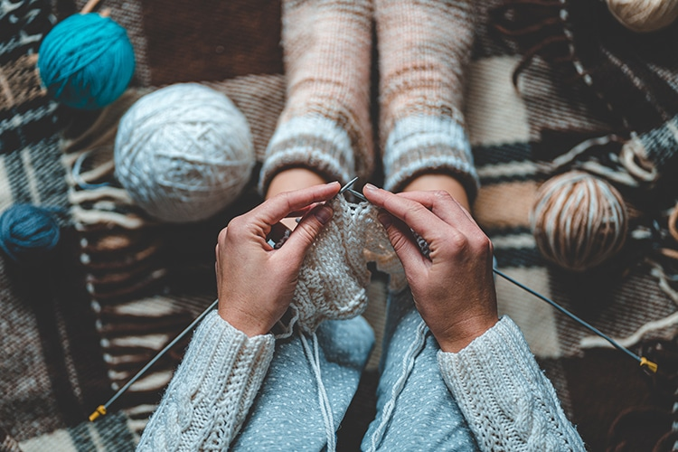Knitting Fall Projects With Yarn