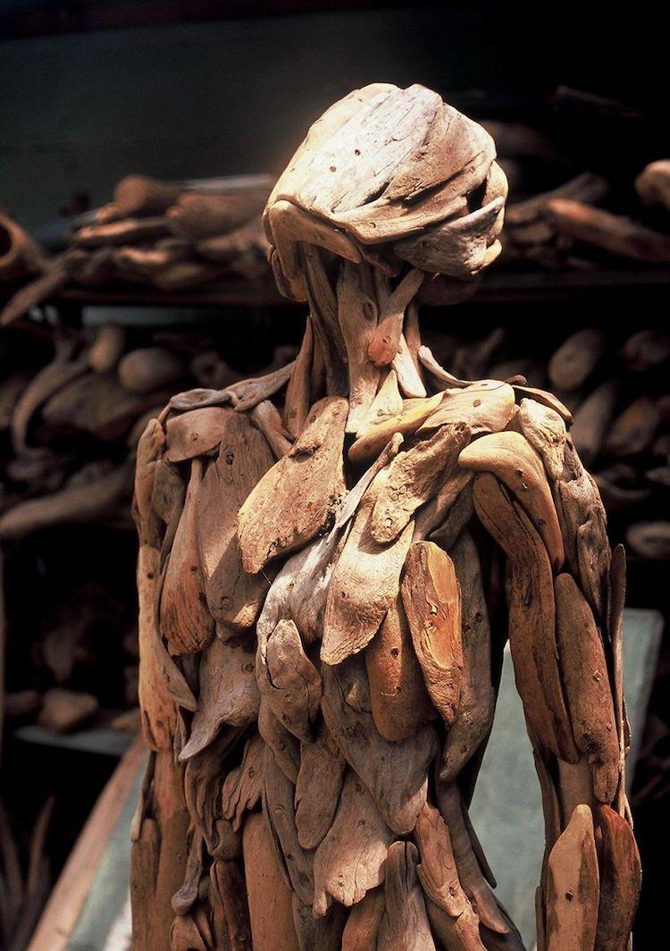 Figurative Sculptures by Nagato Iwasaki
