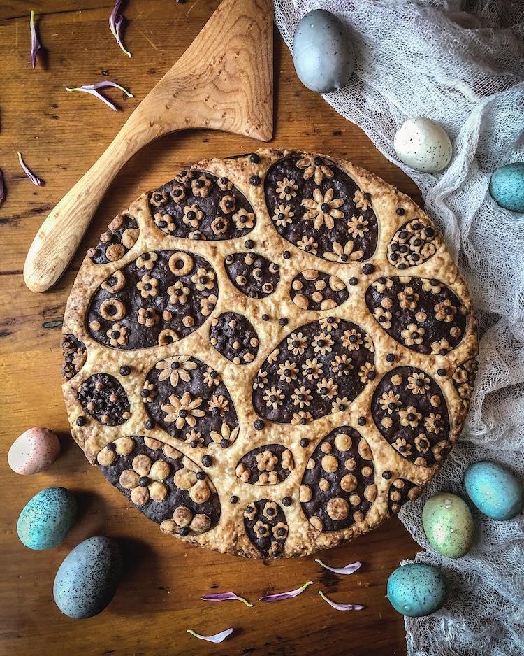 Easter Egg Pie Crust Design