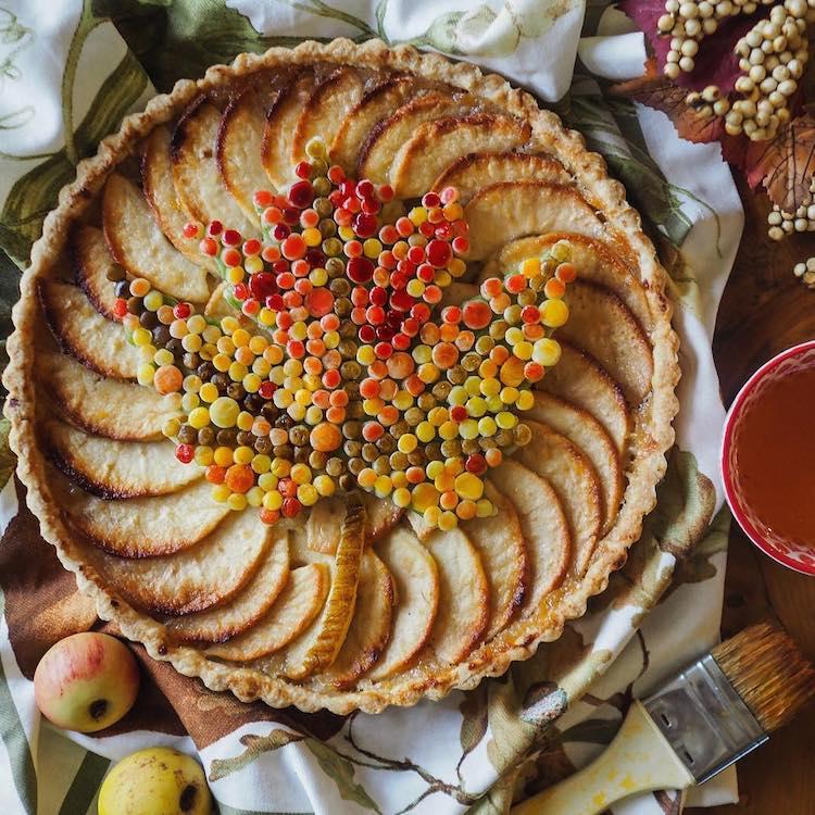 Pie Crust Design by Helen Nugent
