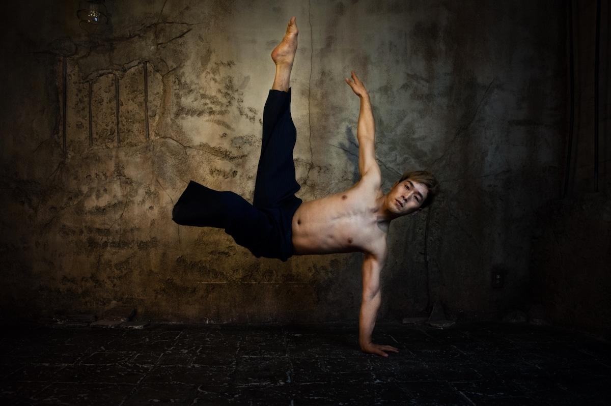 bailarin amputado Koichi Omae