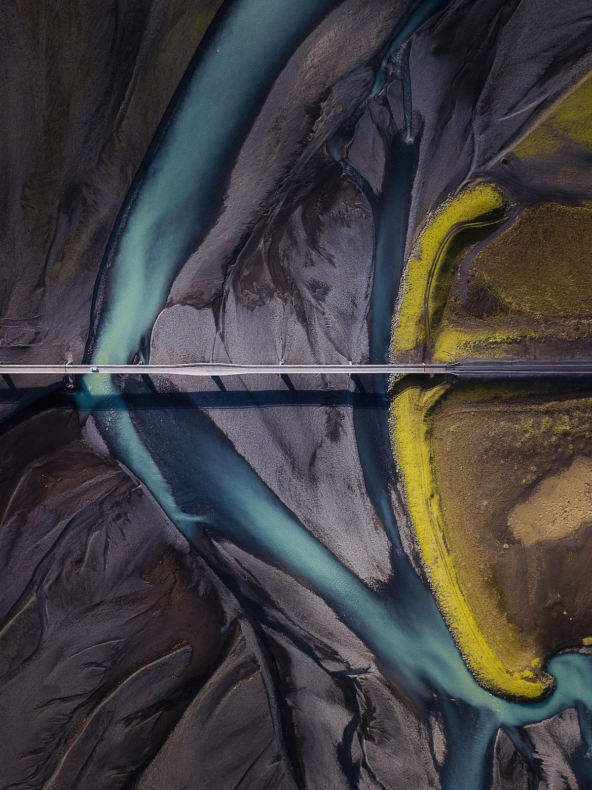 Vista aérea de la montaña Lomangnupur en Islandia