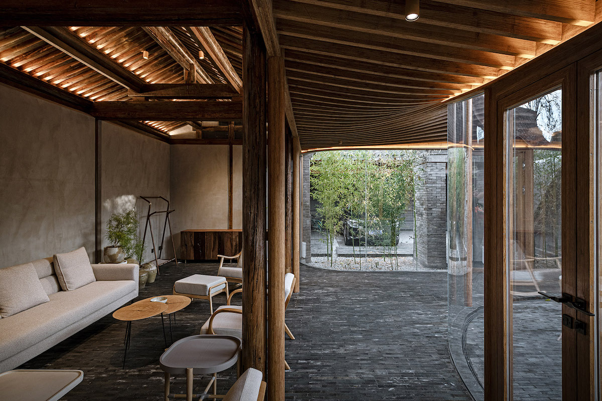 Architects Complete Beautiful Siheyuan Renovation in Beijing