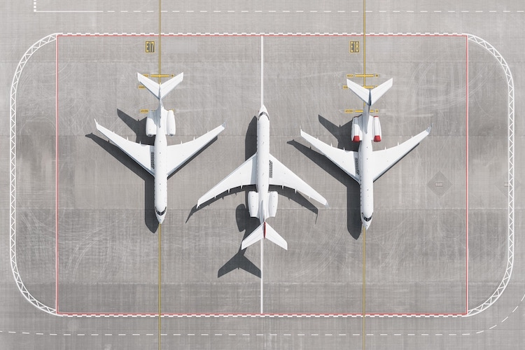 AIRPORTS by Tom Hegen
