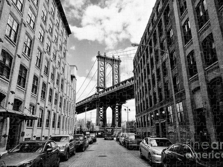 Black and White Puzzle of Manhattan Bridge