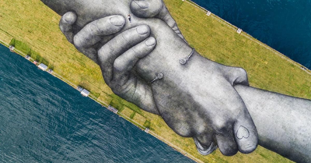 Saype-eco-friendly-street-art-thumbnail-2