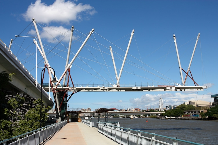 arquitectura y tensegridad en puente