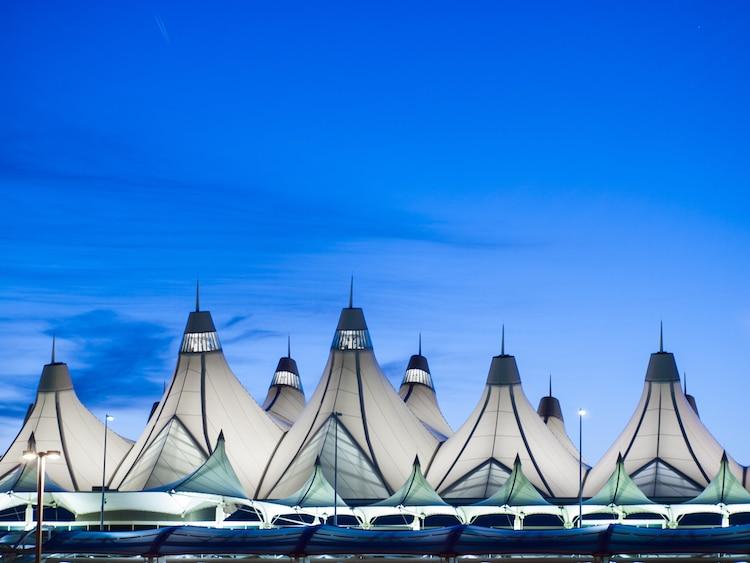 arquitectura de aeropuerto de denver