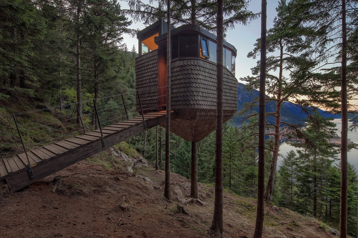 Ramped Entrance - 'Woodnest' Cabin Is a Tiny Self-Supported Tree House in This Norwegian Forest