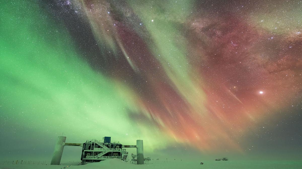 Benjamin Eberhardt Antarctic Nights