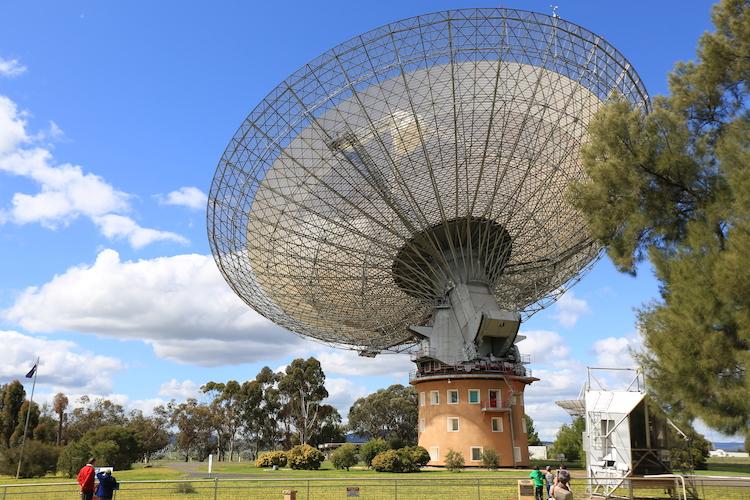 Parkes Telescopio en Australia