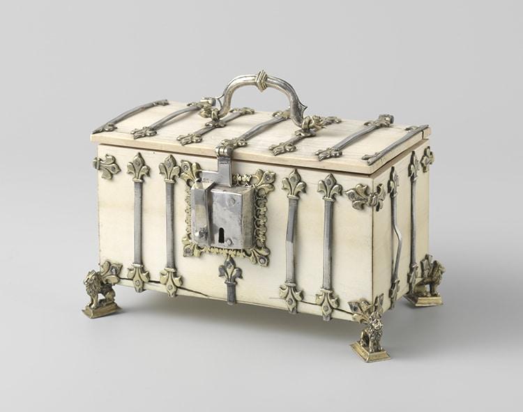 Ivory Reliquary Casse Casket