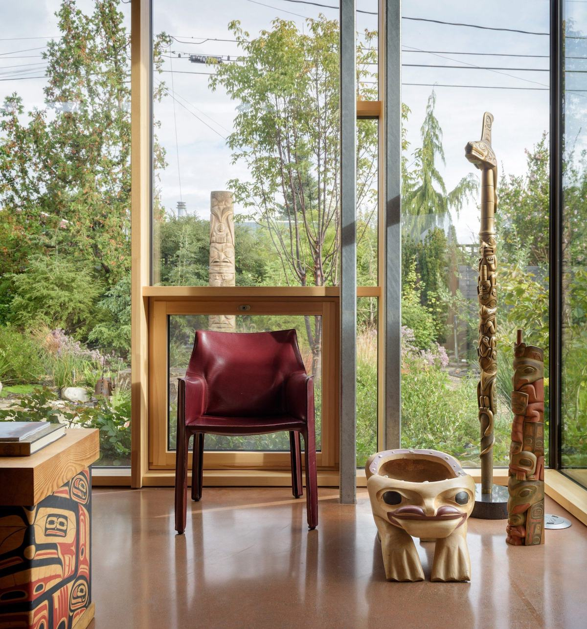 Architects Design a Net-Zero Nature Retreat in Seattle Suburb