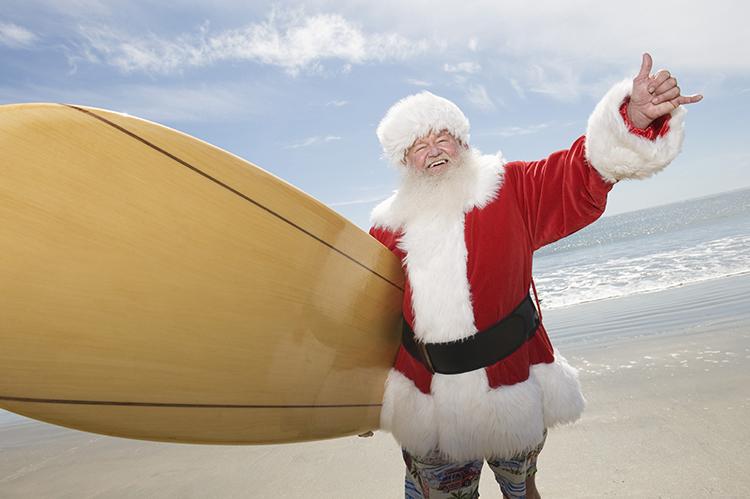 Santa Claus surfeando en Australia