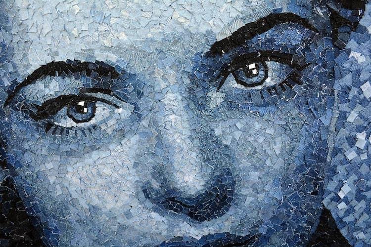 Retratos realistas hechos con retazos de mezclilla por Deniz Sagdic