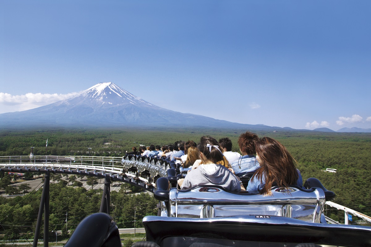 Fujiyama Coaster - This Roller Coaster Tower Will Give Visitors an Incredible View of Mount Fuji