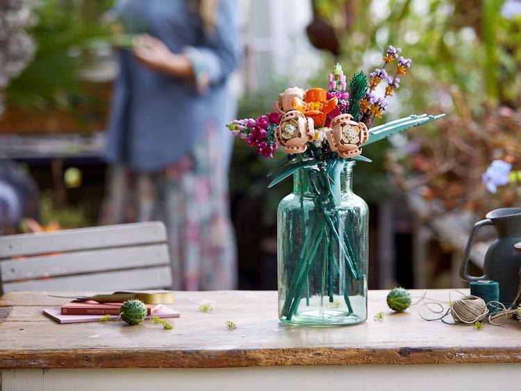 Flower Bouquet e  Bonsai Tree le due nuovissime collezioni della LEGO per gli adulti
