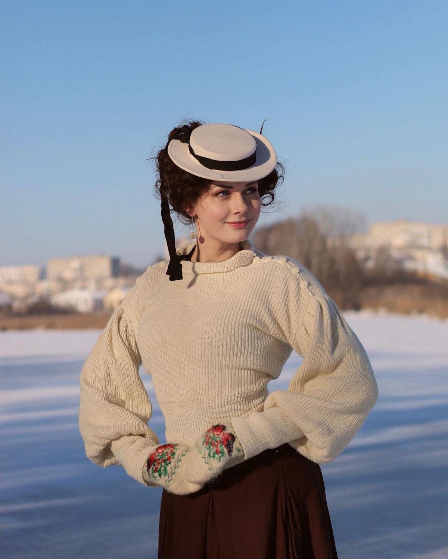 Ropa del siglo XVIII de Mila Povoroznyuk