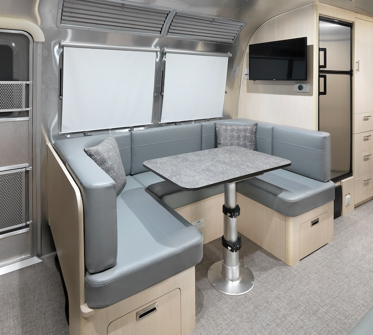 Airstream Flying Cloud 30FB Office Camper