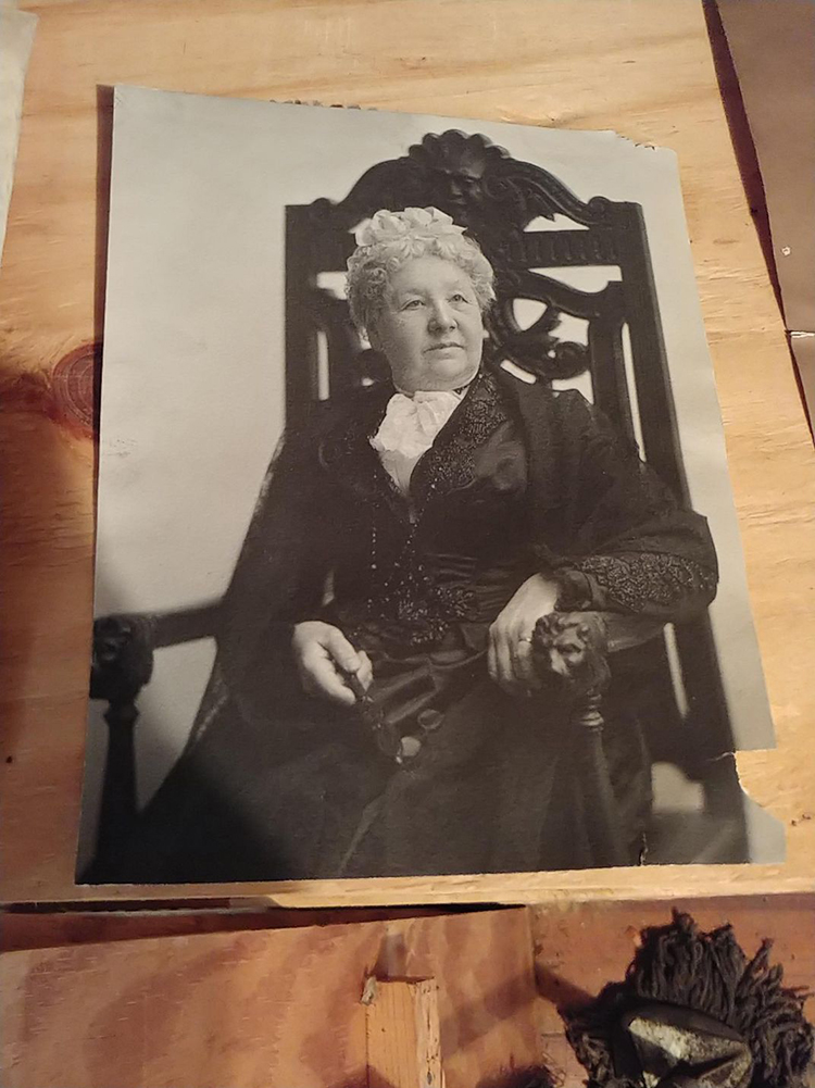 Elizabeth Cady Stanton Suffragist Seneca Falls