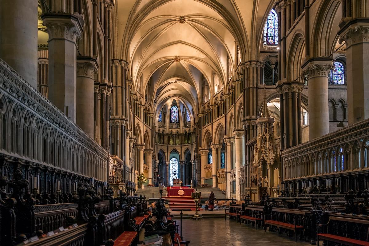 5 Incredible Buildings That Embody the Characteristics of Gothic Architecture